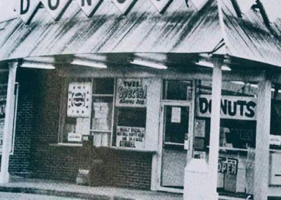 Donut Land 1972